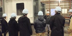 工場見学の様子